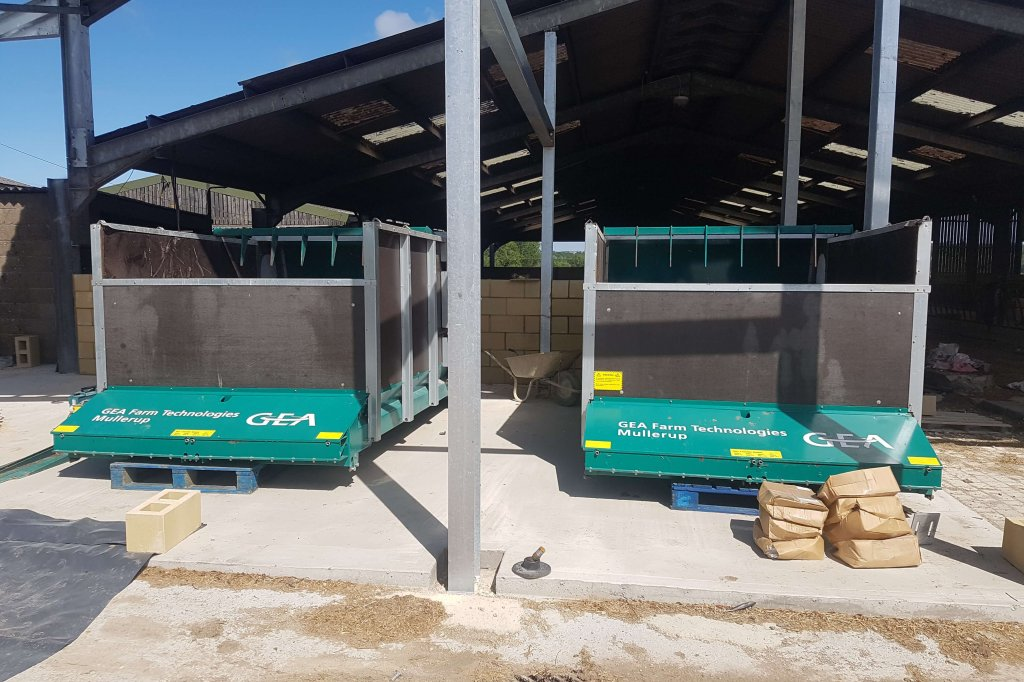 herd-manager-wiltshire-agweb2140 image